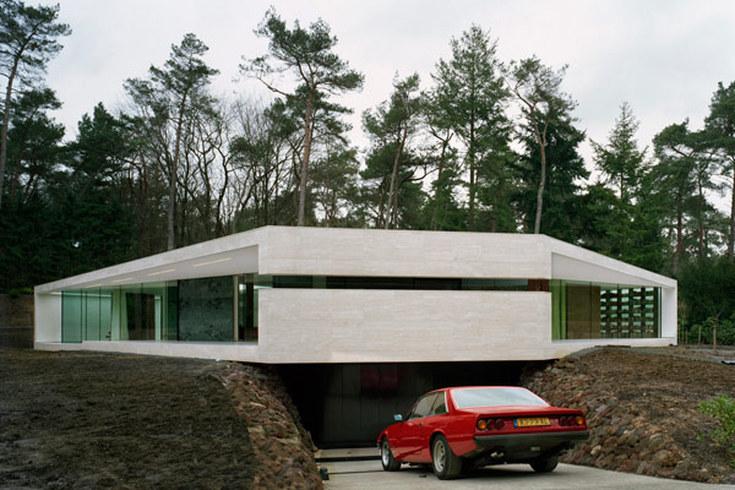 Beton House, 1975